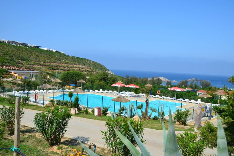 <h1>Pool with sea view</h1>